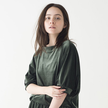 Velvet tops/Velvet skirt