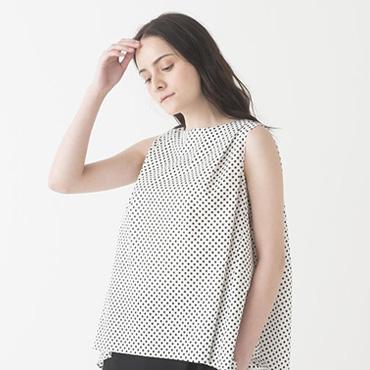 Dot print top/Wide pants