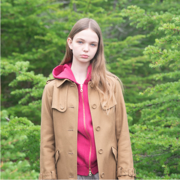 trench coat / parka / pants