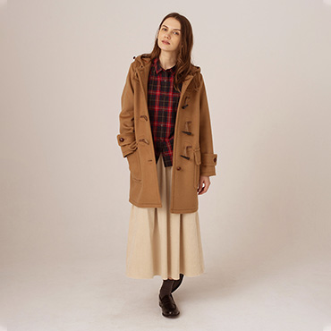 Duffel coat/Tartan check shirt/Cordory skirt