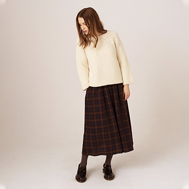 Hand knitted sweater/Tartan check skirt