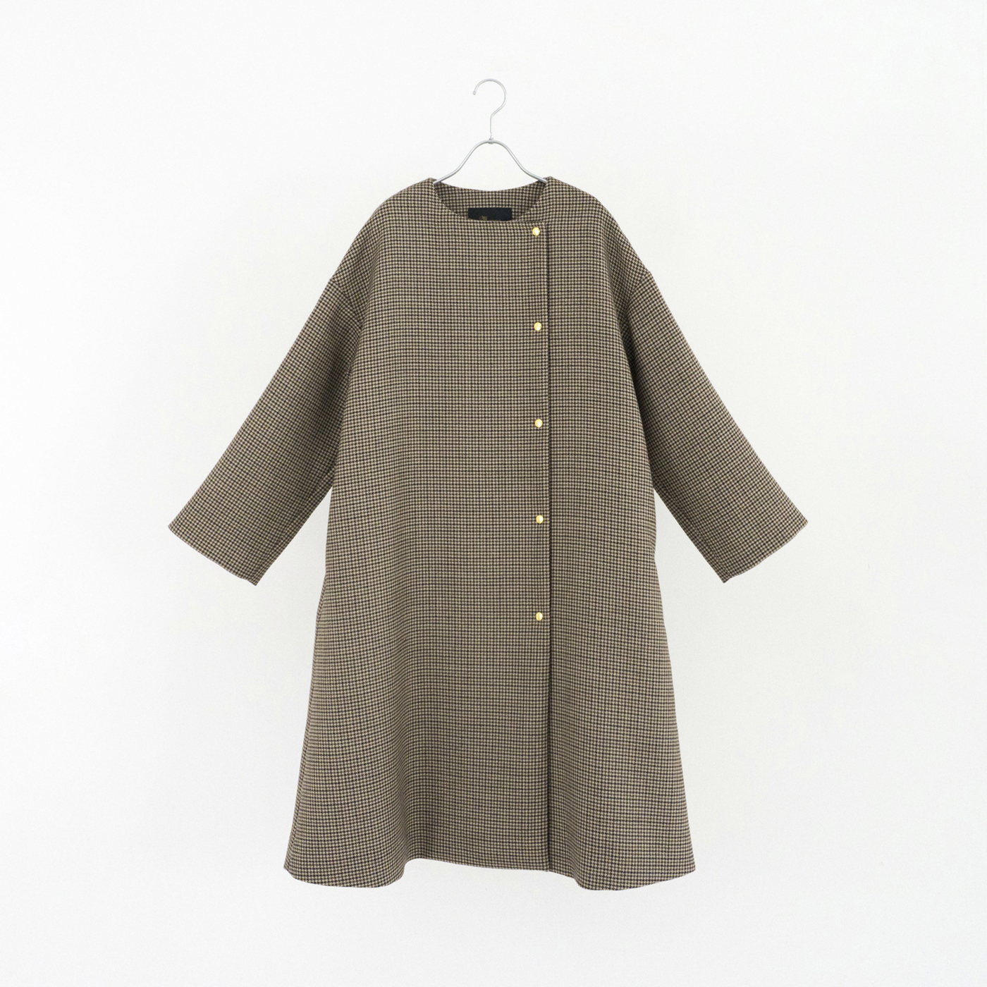 191547 brown ¥83,000+tax