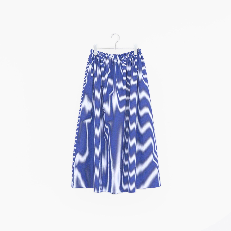 197813 blue × white ¥18,000+tax