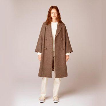 Tweed coat / Knit sweater / Cotton pants
