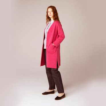 V-neck cardigan / Stand collar shirt / Denim pants