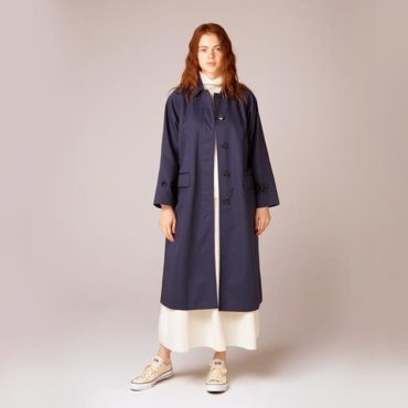 Cotton coat / Turtleneck knit / Knit skirt